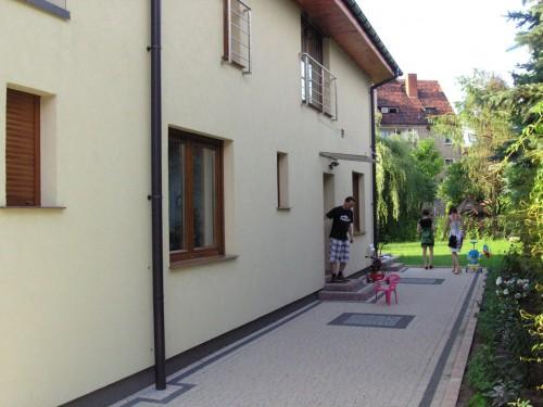 Dom jednorodzinny we Wrocławiu. Strefa wejściowa